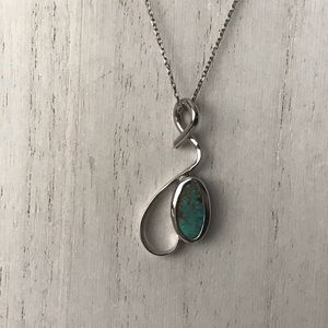 Artisan 925 Sterling Silver pendant necklace